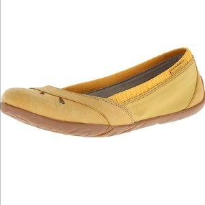 Merrell Women Whirl Glove Slip-On Shoe